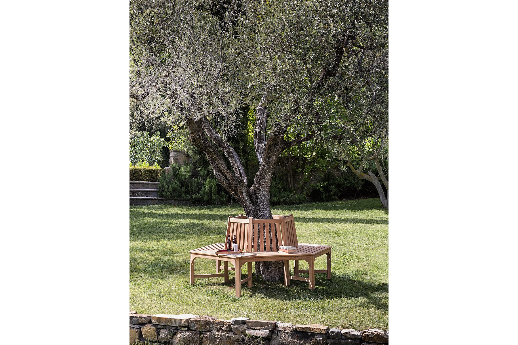 Hexagonal Tree Bench Classica