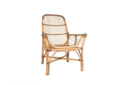 Picture of lounge chair with natural rattan semi glossy finishing