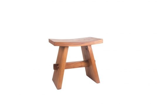 Picture of stool with oiled wood finishing