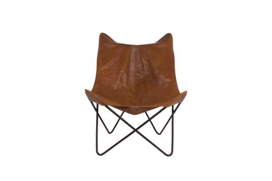 Picture of butterfly chair with leather from front