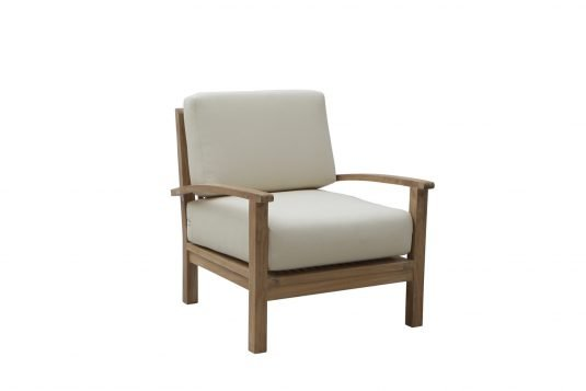 Picture of lounge chair with fine sanded wood finishing