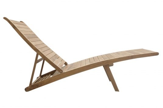 Picture of adjustable deckchair with leg rest from side