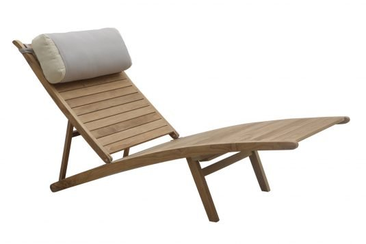 Picture of adjustable deckchair with leg rest with head pillow