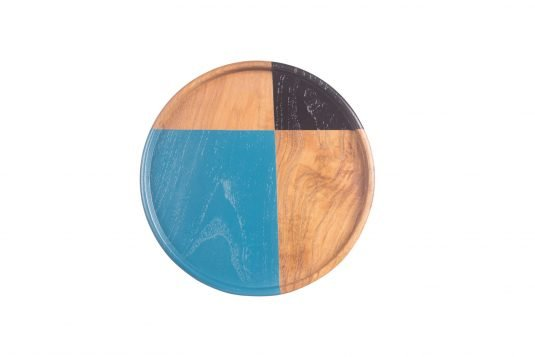 Picture of round teakwood tray medium from front