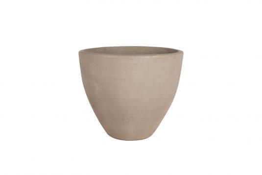 Picture of cement vase from front