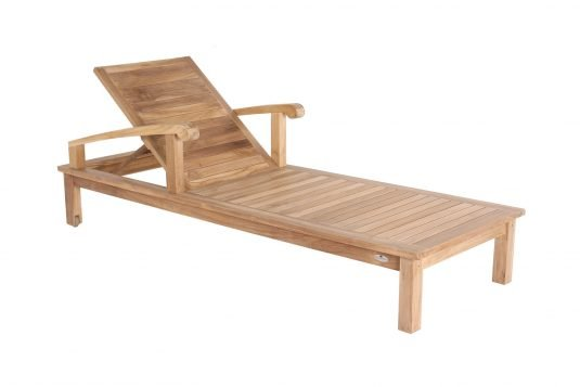 Picture of sunlounger with wheels with fine sanded wood finishing