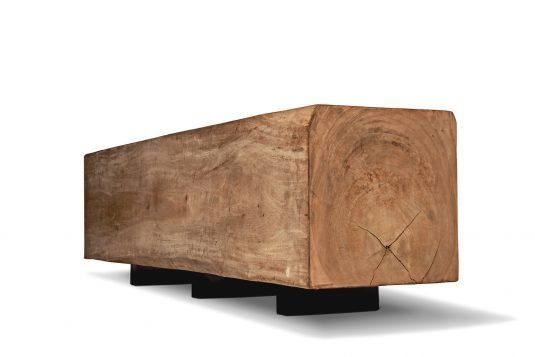Picture of backless garden bench with oiled wood finishing