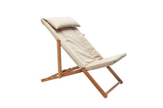 Picture of adjustable deckchair with upholstered
