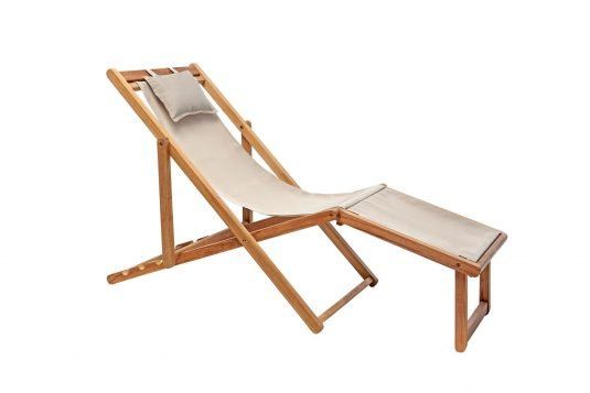 Picture of adjustable deckchair with leg rest