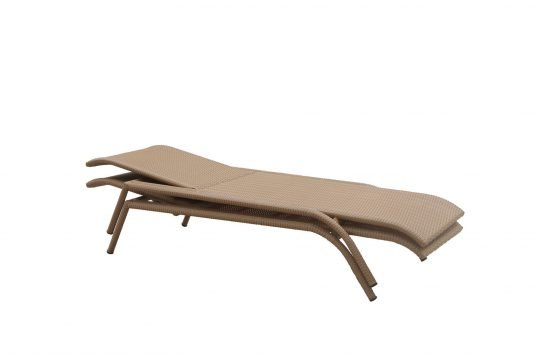 Picture of sunlounger from side